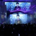 SUPER JUNIOR JAPAN 5thシングル「Blue World」と、東京ジョイポリスとのコラボレーションキャンペーン「Play The Blue World」がスタート!世界初の体感型イルミネーション・ミュージックビデオショーが初お披露目!