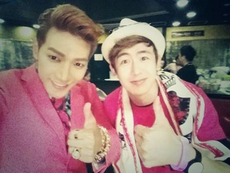 「2PM」Jun.Kがニックンの誕生日をお祝い