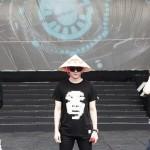 「JYJ」、ベトナム伝統笠をかぶりファン感動