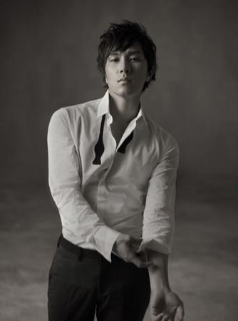 「SHINHWA」キム・ドンワン、「すぐにグループでの活動も開始する」