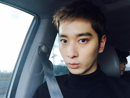 """「2PM」チャンソン、アップグレードした""""男性美""""を披露"""