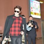 「取材レポ」「JYJ」ジェジュンも関西国際空港に到着!ファンに何度も感謝の会釈!