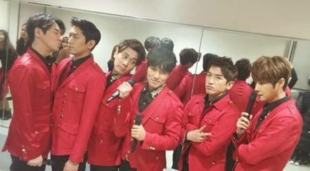 「SHINHWA」が新曲を先行公開 「ファンのための楽曲」