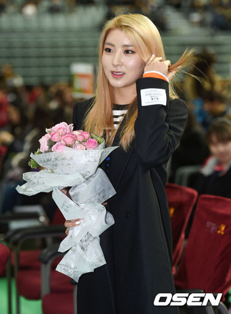 大学入学「4Minute」ソヒョン「学ぶ意思が大きい、もっと多くを見て感じたい」