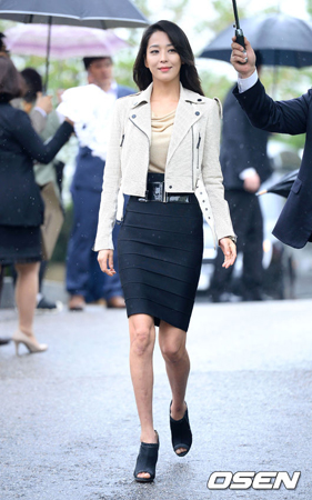 女優ハン・ゴウン、会社員と交際中「結婚の計画はまだない」