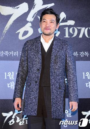 俳優チョン・ジニョン、FNCと専属契約…ユ・ジェソク&チョン・ヒョンドンらと同事務所へ