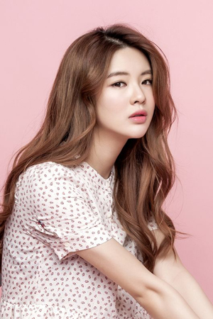 「iKON」MV出演の女優イ・ソンビン、話題集中!