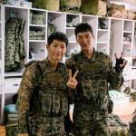 """ソン・ジュンギ&アン・ボヒョン、""""こんな素敵な軍人、見たことある"""""""