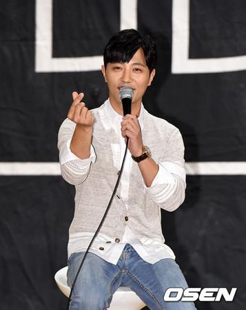 俳優チン・グ、大先輩イ・ビョンホンについて明かす「尊敬する好きな先輩」