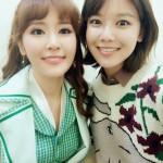 「少女時代」スヨン、実姉で女優のチェ・スジンと姉妹ショットを公開