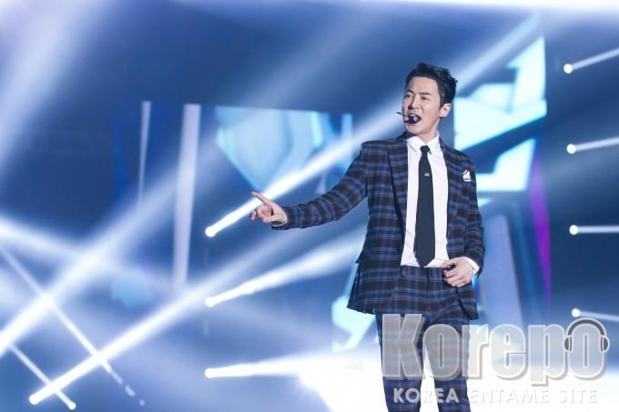 KCON 2016 Japan チョンジン(SHINHWA) (3)