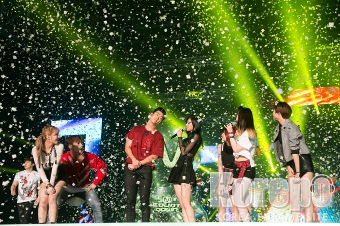 KCON 2016 Japam_2PM,TWICE (2)