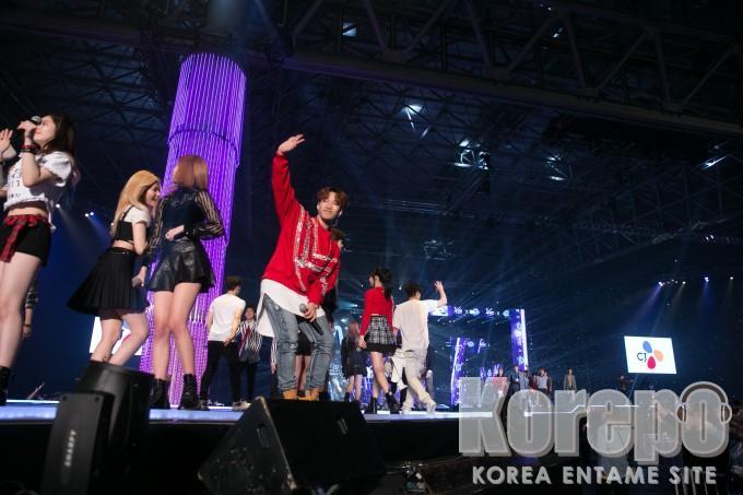 KCON 2016 Japan_Ending (7)