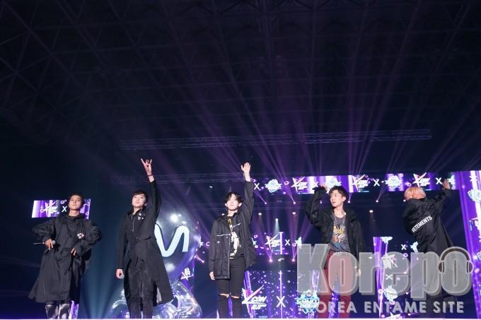 KCON 2016 Japan_WINNER  (8)