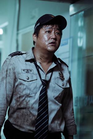 俳優クァク・ドウォン、カンヌ映画祭のため出国 「スタンディングオベーション、期待する」