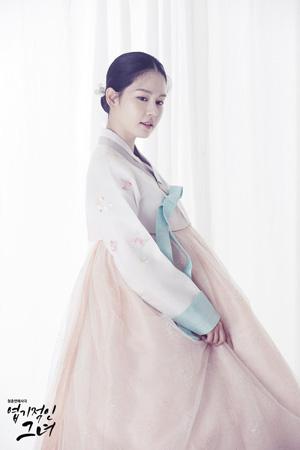 キム・ジュヒョン、チュウォン主演ドラマ「猟奇的な彼女」のヒロインに決定!
