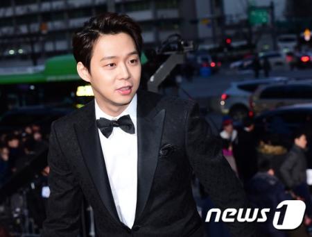 「JYJ」ユチョンの告訴事件、「参考人調査」開始=ソウル江南警察署