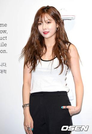 8月カムバックの歌手ヒョナ(元4Minute)、リアリティ番組を撮影中…「ソロアルバム制作記を盛り込む予定」