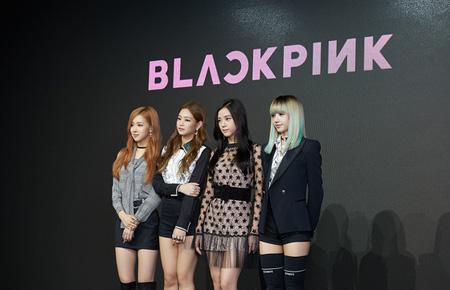YG初の外国人メンバー「BLACKPINK」LISA(リサ)、「プレッシャーだけど頑張ります」