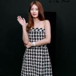 Miss Aスジ、ブランドイベントで完璧なブラック&ホワイトファッション披露
