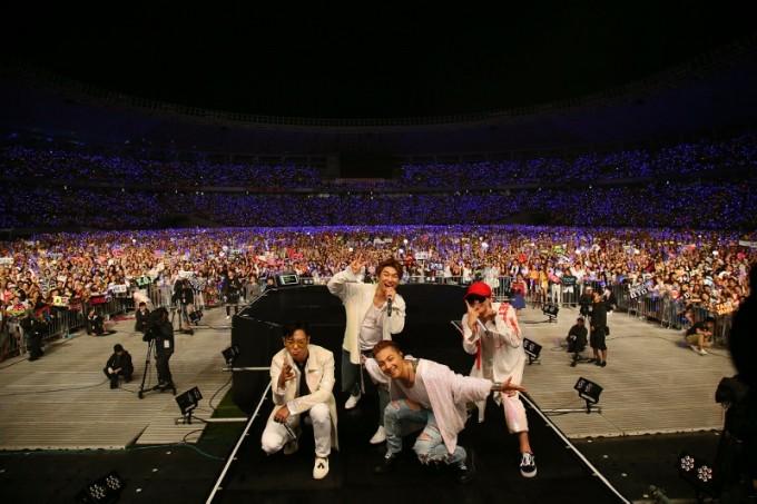 BIGBANG02 (800x533)