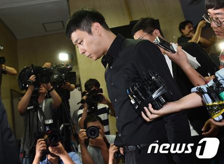 """ユチョン(JYJ)、""""性的暴行誣告""""裁判に証人として出廷へ"""