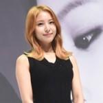 """""""アジアの星""""BoA、先輩歌手「S.E.S.」のカムバックに「幸せです」"""