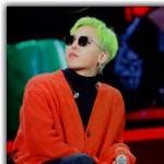 "BIGBANG G-DRAGON、""コンセプトはにんじん?""個性的なファッションを公開"