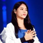 「AOA」ユナ、足首靭帯を損傷…ギプスでステージへ