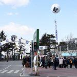 ジュンス(JYJ)&T.O.P(BIGBANG)の軍隊入所現場に日本など各国からファンが集結
