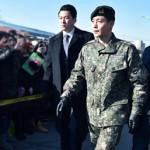 キム・ヒョンジュン(リダ)、除隊「人生の後半戦を始める気持ち」…1500人ファン出迎え