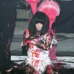 歌手ソルビ、レディー・ガガ顔負けのパフォーマンス「現代女性の消えない傷を表現」