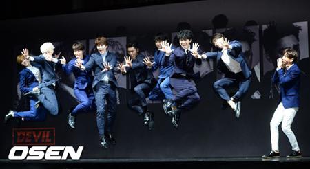 「SUPER JUNIOR」、ソンミン&カンインを除くメンバーで「SMTOWN」に出演へ