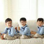 """俳優ソン・イルグク、三つ子の息子たちの写真を公開…""""大きくなったでしょう?"""""""