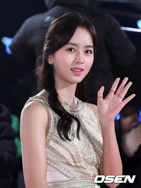 女優キム・ソヒョン、大検に合格=大学進学を準備