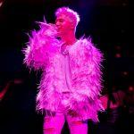 WINNERソン・ミンホ、BIGBANG SOLのコンサートにサプライズで登場…2年ぶりに「Fear」公開
