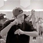 "SE7EN、ダンスの練習風景の写真を公開…""悲しい時は、ヒップホップを踊る"""