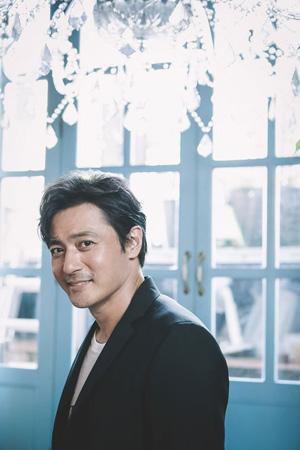 俳優チャン・ドンゴン、米人気シリーズ「スーツ(SUITS)」の韓国版出演へ…世界初リメーク