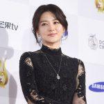 女優イ・ヨンエ、Mnet 「2017 MAMA」に出席