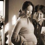 俳優イ・ドンゴン&チョ・ユンヒ夫妻、臨月のマタニティフォト公開