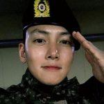 俳優チ・チャンウク、凛々しい軍服姿で近況を伝える
