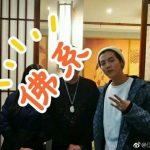 <トレンドブログ>元「EXO」メンバー・ルハン、恋人グァン・シャオトンとデート中にも関わらずファンサービス!