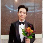 2PMジュノ、スジら、JYPが年末授賞式で5つのトロフィーを獲得