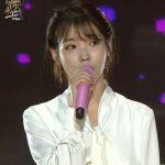 歌手IU(アイユー)の故ジョンヒョン(SHINee)哀悼コメントにイェリ(Red Velvet)ら涙