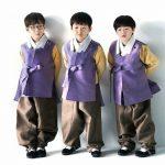 <トレンドブログ>俳優ソン・イルグクの三つ子の息子たちが韓服姿で新年(旧正月)の挨拶を伝える♪
