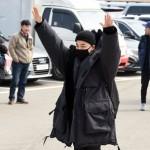 SOL(BIGBANG)、入隊現場に駆けつけた国内外のファン一人ひとりと目を合わせあいさつ「サンキュー」
