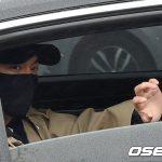 「PHOTO@論山」イ・ミンホ、論山(ノンサン)訓練所に入所…ファンに手を振り挨拶