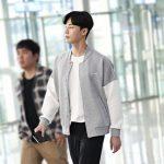 パク・ソジュン、出国する道を照らす彼氏ファッション