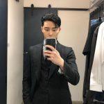 俳優パク・ソジュン、スーツ姿のセルフッショット公開