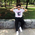 歌手兼俳優イ・スンギ、Vサインのセルフショット公開